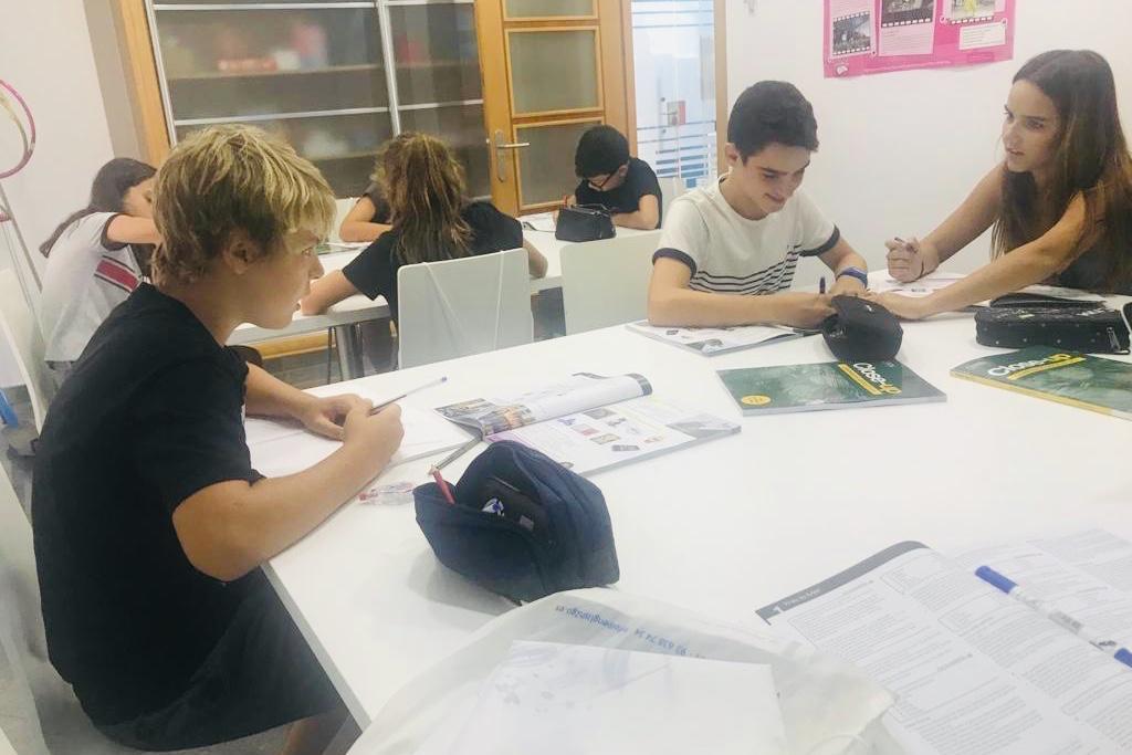 Classe Study Group amb els alumnes de 1R i 2N d'ESO