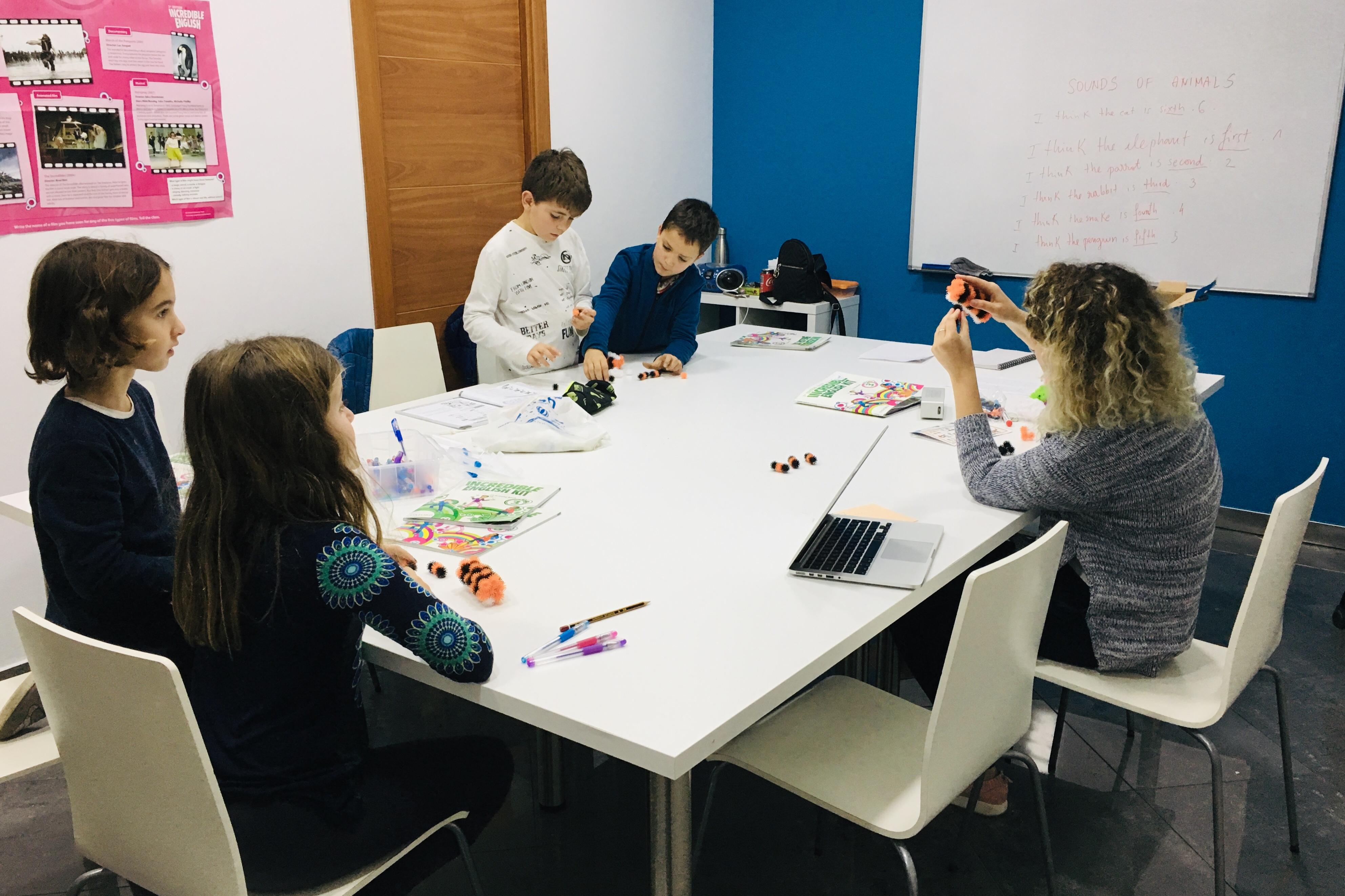 Exploring Creativity amb un dels grups de Kids 8